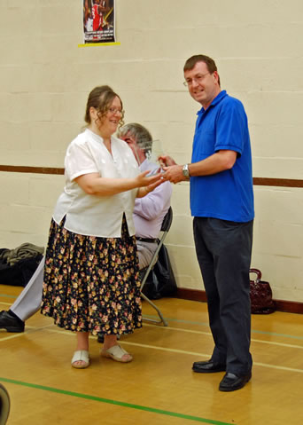john-wickham-presidents-award-to-julie-johnson