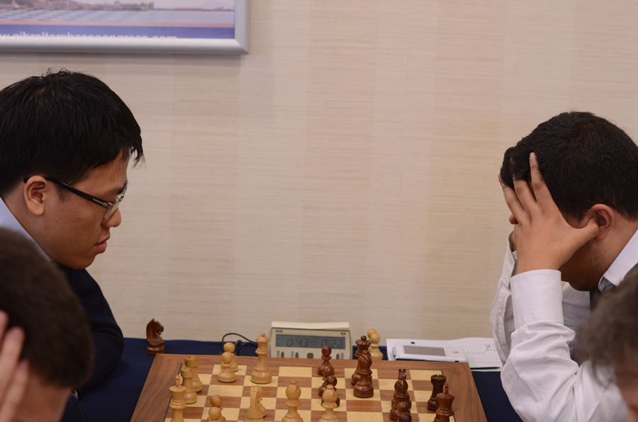 board-5-round-1-le-quang-and-karim