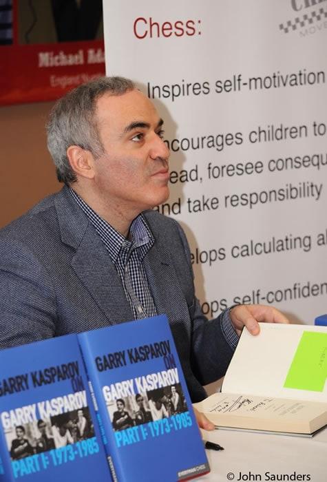 Kasparov-book-signing