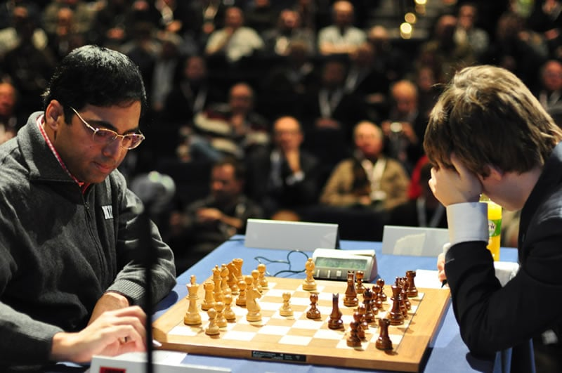 anand-carlsen-rd-3