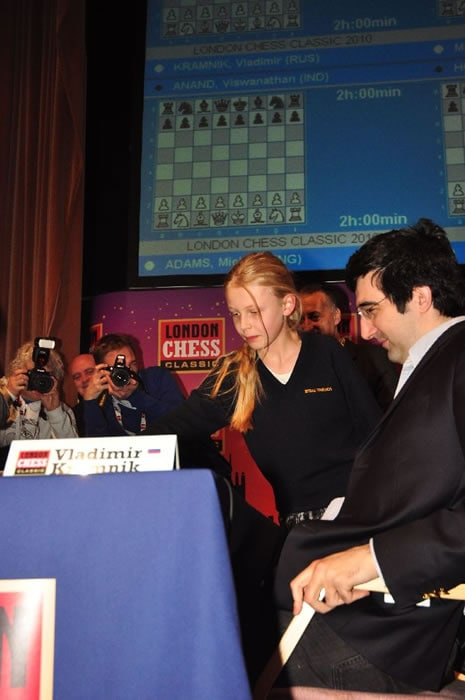 rd-6-imogen-turvey-cross-plays-1-d4-for-kramnik